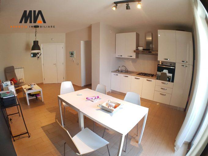 VENDITA: Villa Comunale Appartamento Moderno e Rifinito