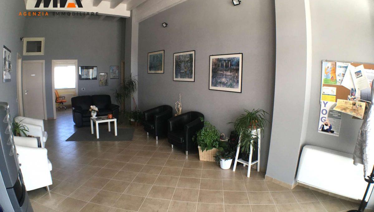 Affitto stanza uso studio in elegante ufficio zona for Stanza uso ufficio