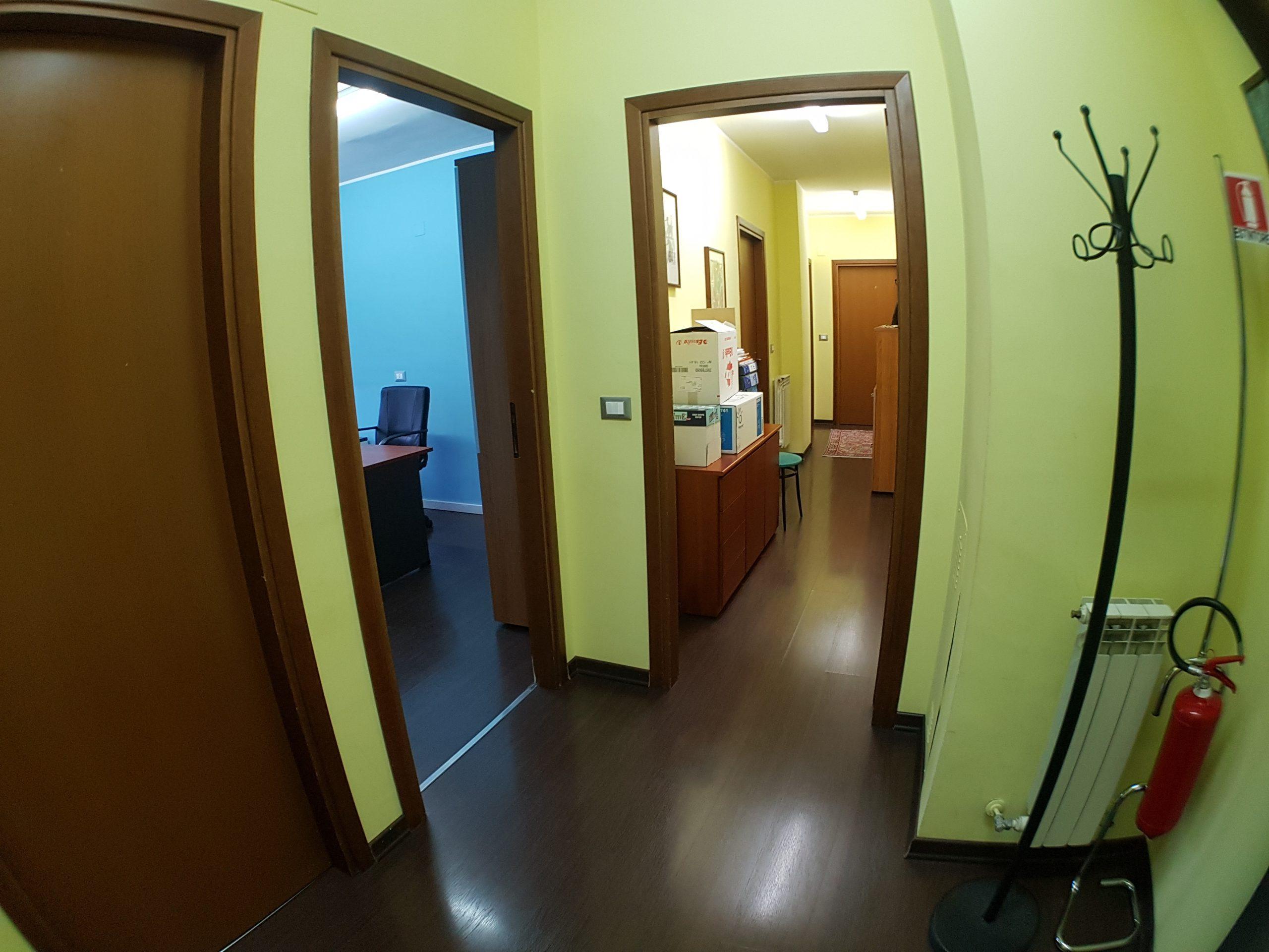 AFFITTO: Stanza Uso Studio In Ufficio Condiviso - Agenzia ...
