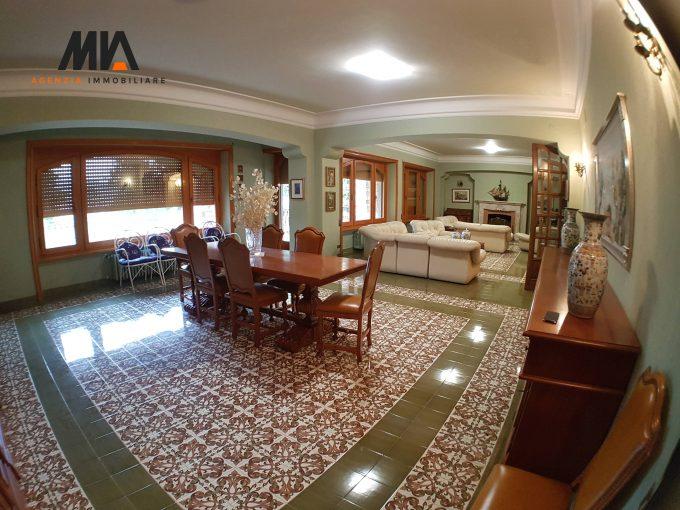 VENDITA: Villa signorile San Lorenzo Pizzoli